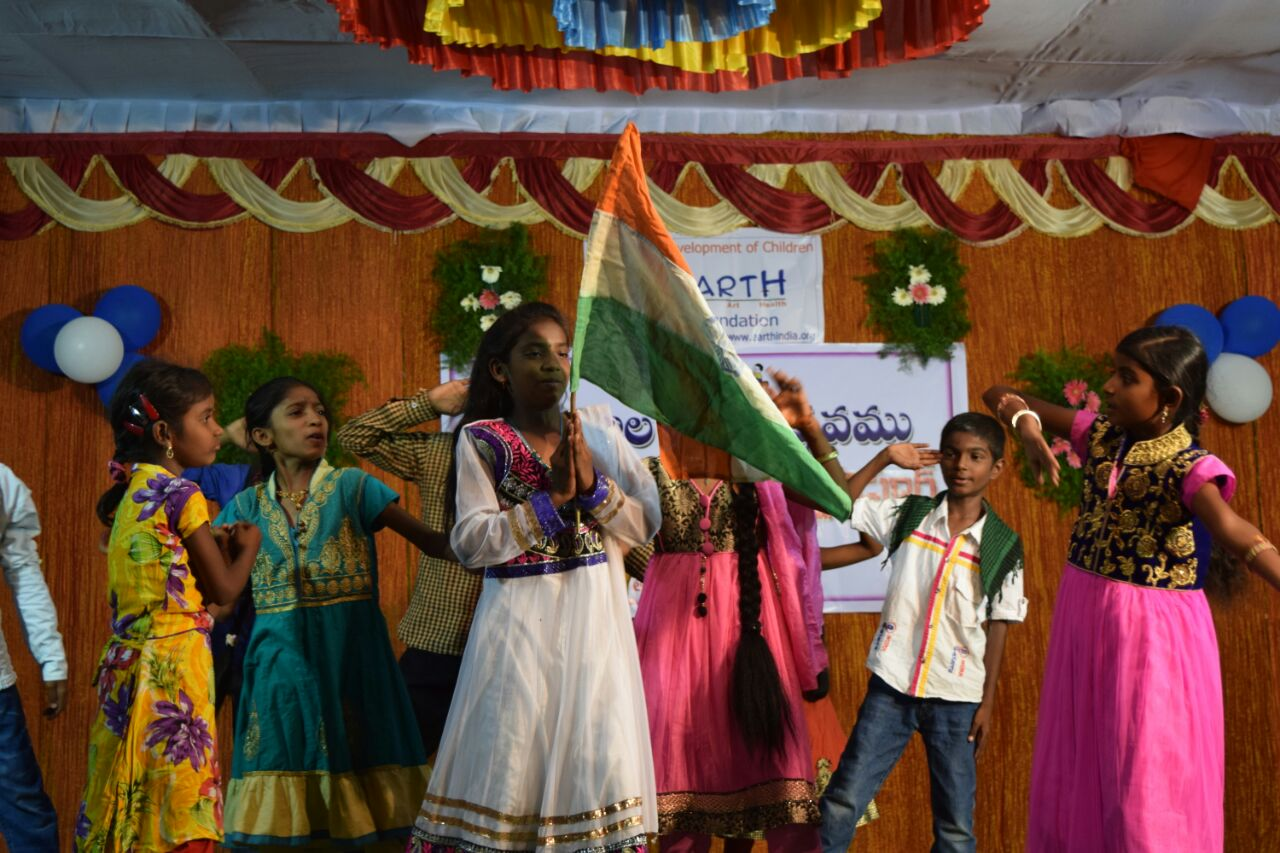 A skit on patriotic topic by EArtH kids